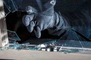 Inbraakschade herstellen in Woerden